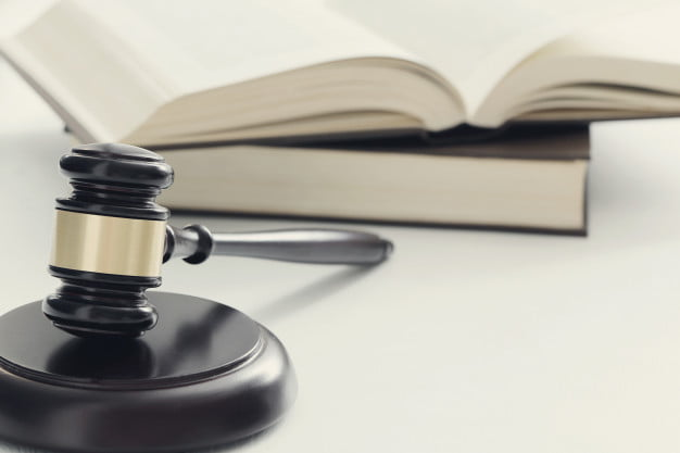 Types of Defense Used in Criminal Law and Court Cases