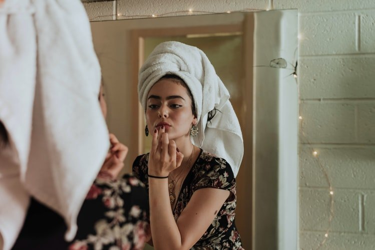 3. Simplify The Routine Of Your Skincare: