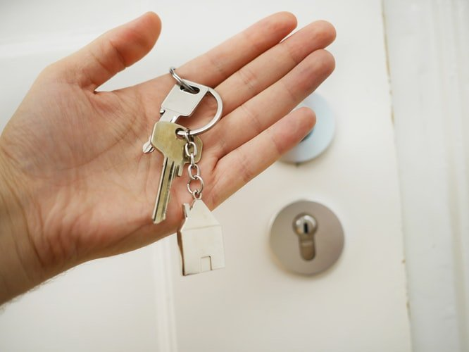 2. Always Look In-Person Before You Rent: