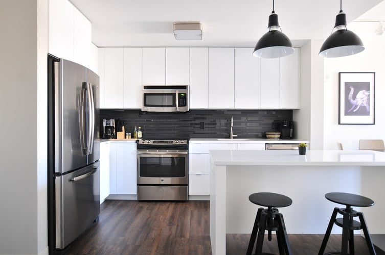 Reducing Electricity Use in the Kitchen