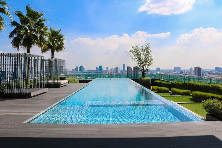 Keep the pool clean: