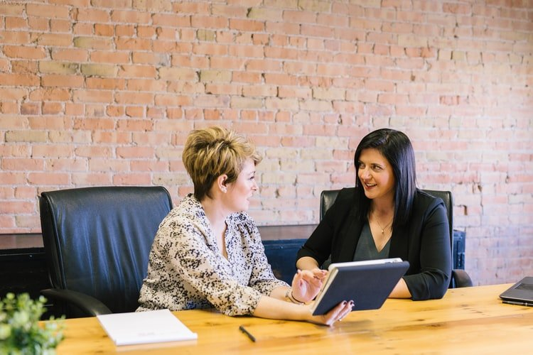 Responsibilities of an HR assistant