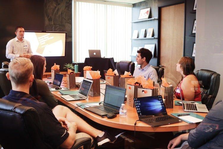 4. Consider a full-service digital marketing agency